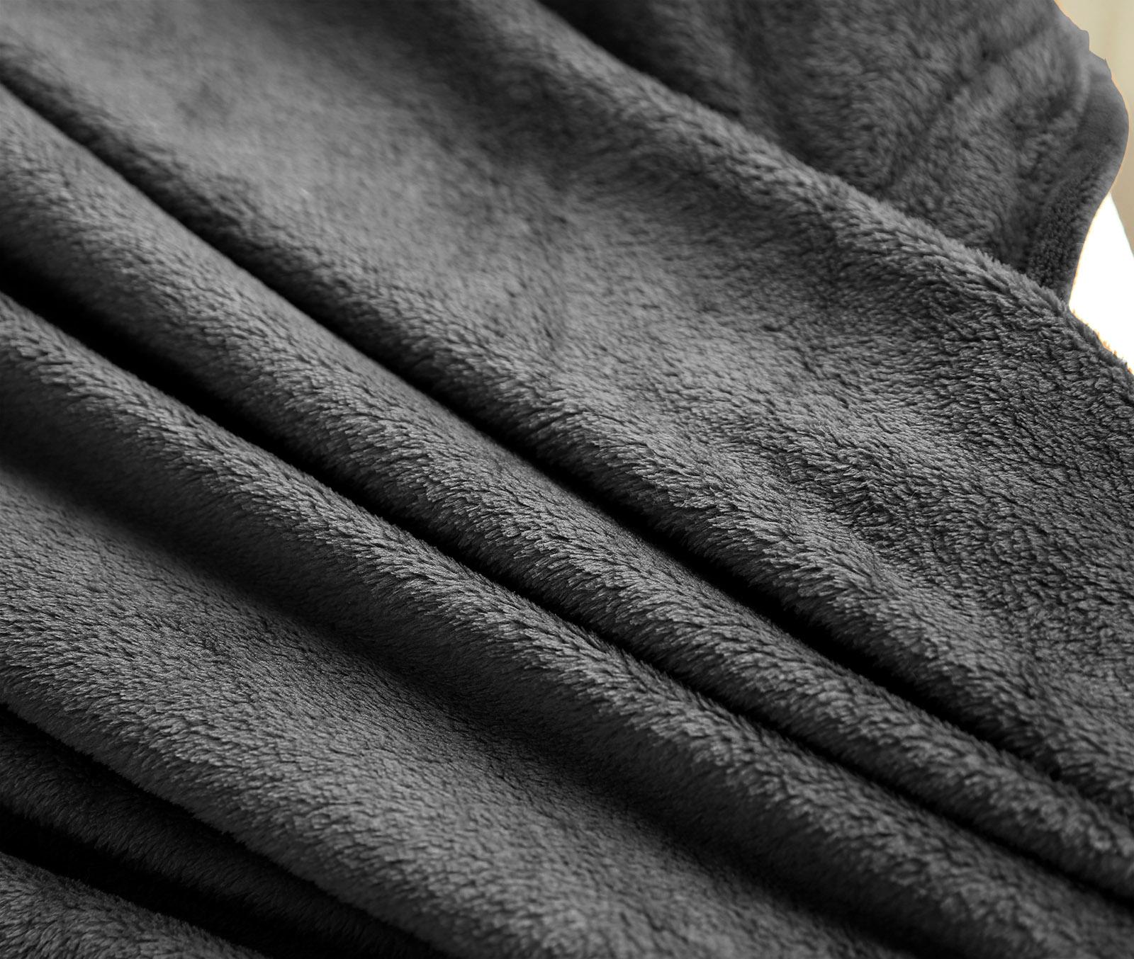 Kuscheldecke Tagesdecke Wohndecke Flanelldecke 220x240cm Grau BWK5007gr